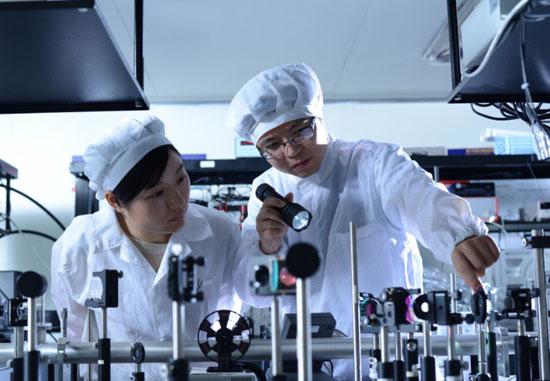 朱亦鸣:拿了72%股权还是做科研
